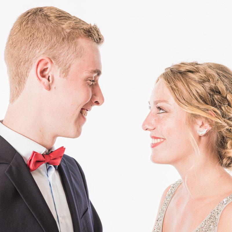 Paar beim Abiball